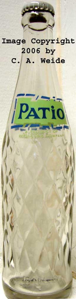 PATIO 10 OZ. PEA GREEN AND BLUE SILKSCREENED CLEAR GLASS EMBOSSED DIAMONDS  09 5/8 1964 PEPSI COLA CO. NONE LISTED NONE ?????? PATIO A PRODUCT OF PEPSI COLA  ...